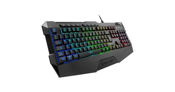 Sharkoon Skiller SGK4 è una tastiera gaming a membrana.