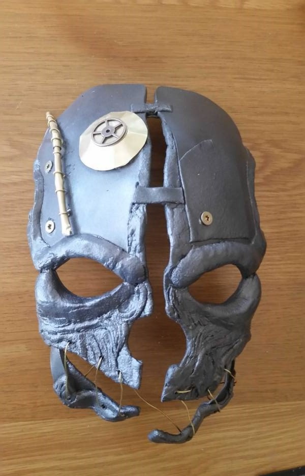 come fare la maschera di Corvo Attano di Dishonored - Guida al cosplay
